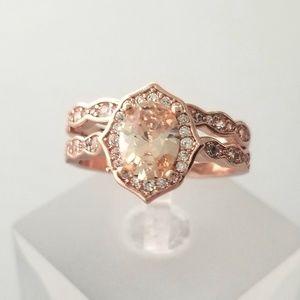 HOST PICK!!! 💗 Antique Style Rose Gold Ring Set